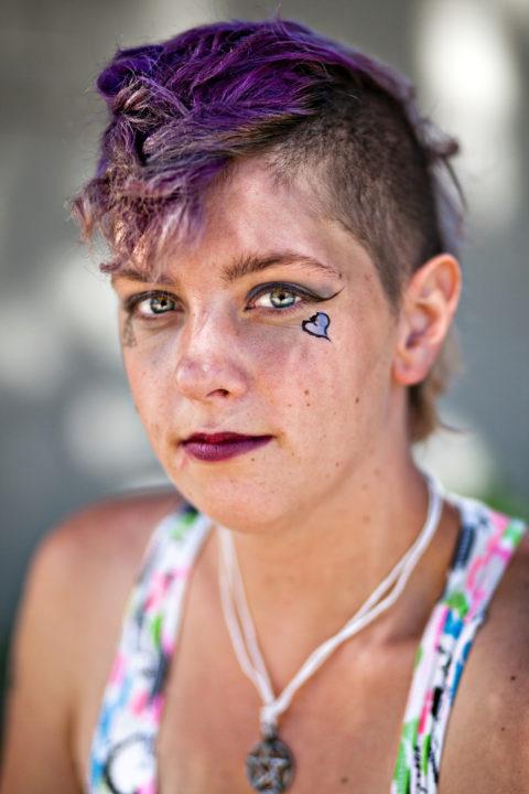 Vyronika Van Meter is a suicide attempt survivor.